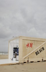 H&M Beach Pop-up Store
