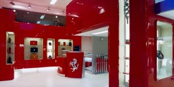 Ferrari-Store-by-Massimo-Iosa-Ghini-Milan