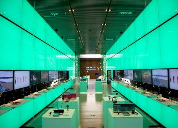 Nokia-flagship-store-by-Eight-Inc-Sao-Paulo