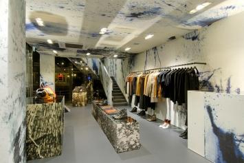 Raf-Simons-flagship-store-Tokyo