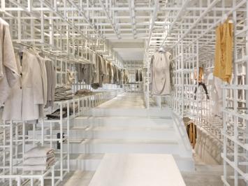 Stills-flagship-store-by-Doepel-Strijkers-Amsterdam