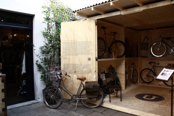 Ultrabox-Pop-Up-store-Recession-Pietrasanta-02