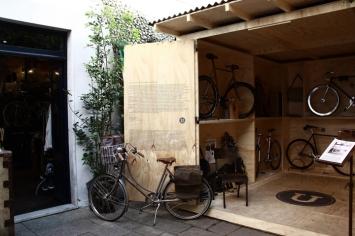 Ultrabox-Pop-Up-store-Recession-Pietrasanta-02