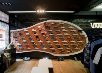 Vans-Store-at-Covent-Garden-London